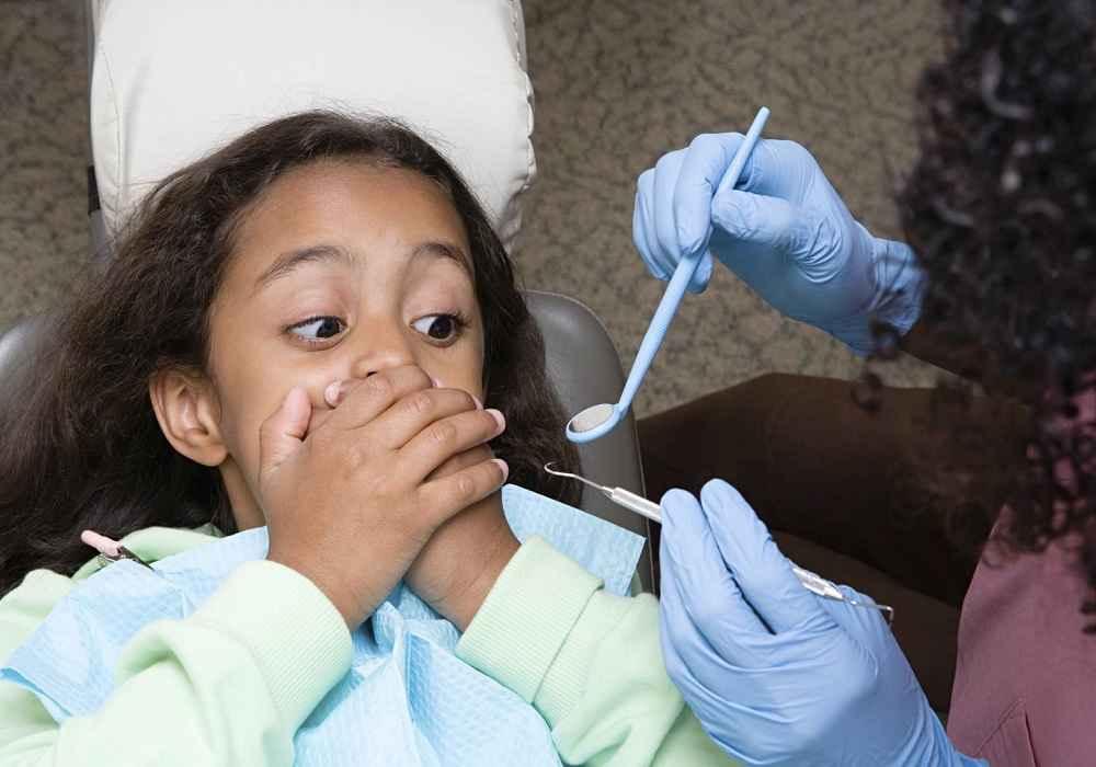 ترس از رفتن به بیمارستان وترس از دکتر یکی از ترسهای شایع دربین کودکان است