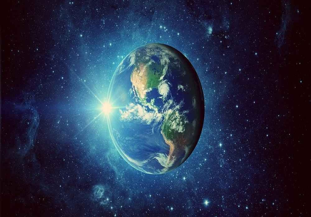 کره زمین سومین سیاره منظومه خورشیدی است