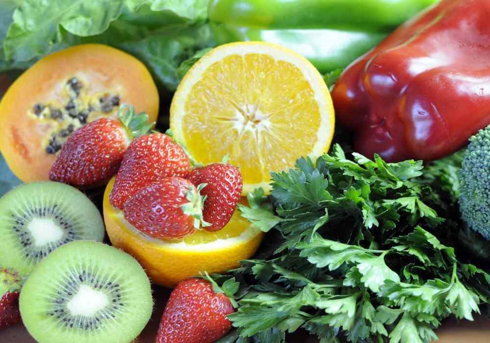 ویتامین cبه تولید کلاژن در بدن کمک میکند