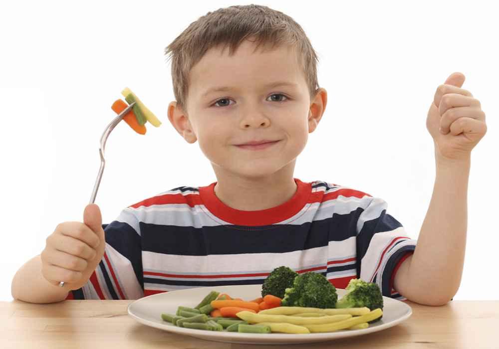 تغذیه در کودکان مبتلا به سندرم داون -مشکلات گوارشی آنها یکی یبوست و دیگری برگشت اسید معده به مری است