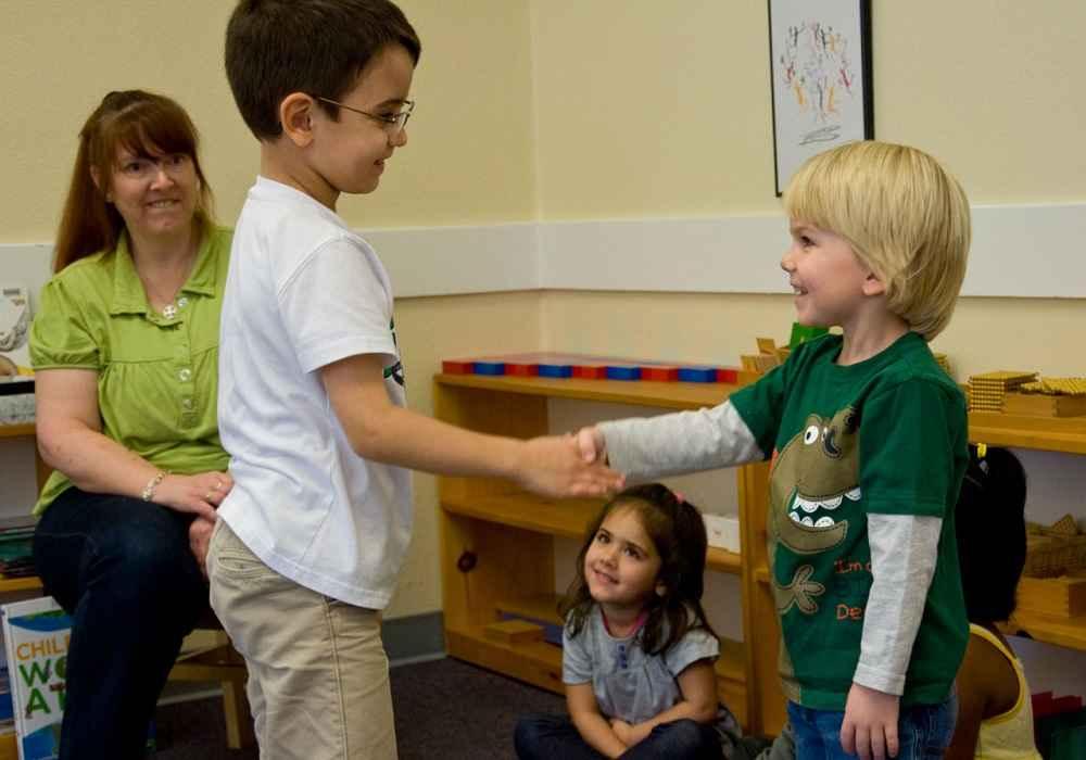 ارتقاء مهارت های اجتماعی کودک