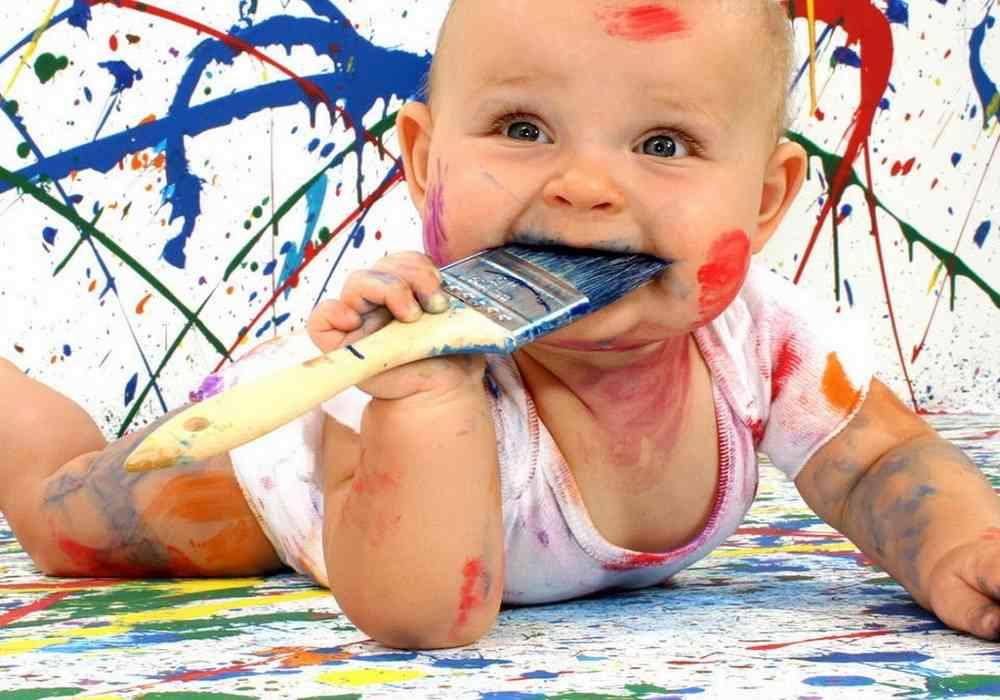 بعضی کودکان عادت به خوردن موادی مانند خاک -گچ -رنگ و پودر لباسشویی دارند