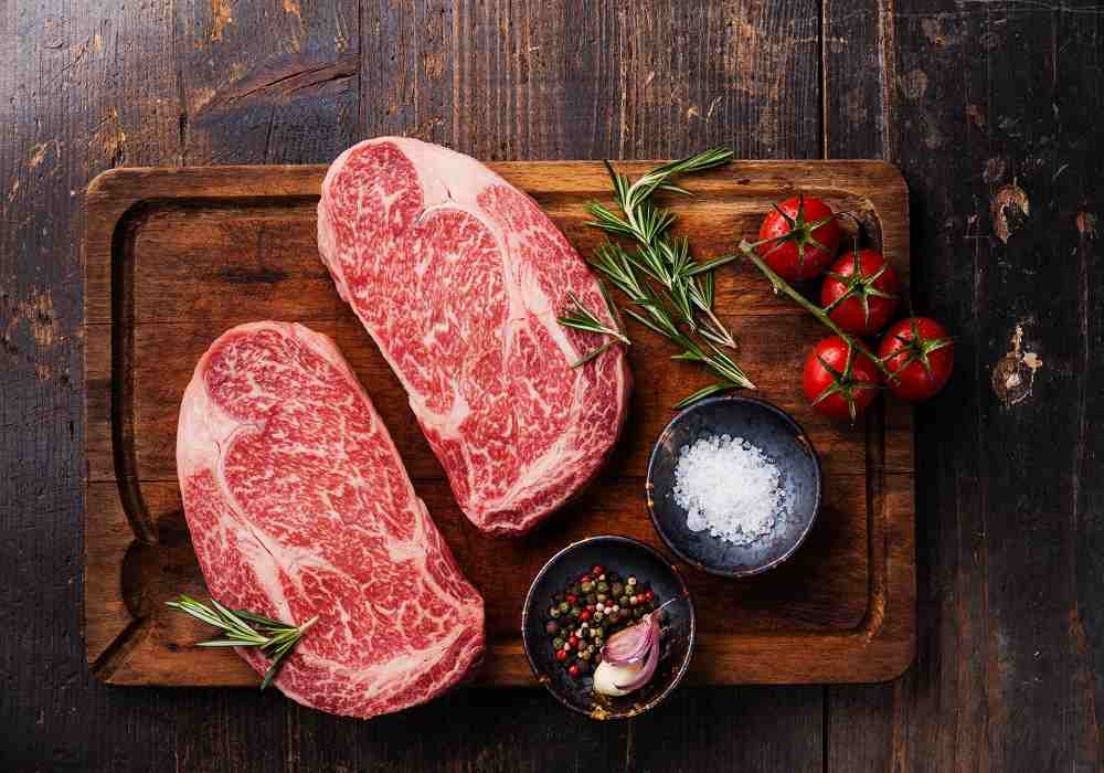 گوشت قرمز از مواد غذایی سرشار از آهن