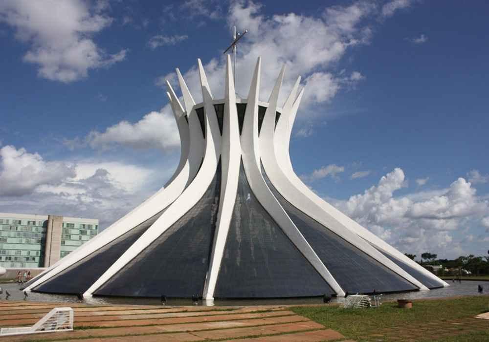 غیرمعمول ترین ساختمان های دنیا